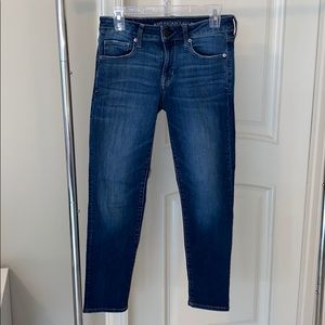 American Eagle super stretch skinny 6 short